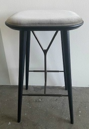 Spine Wood Base Stool - Model 1736 / Blacl lacquered / Kvadrat Harald 3 242