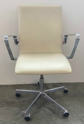 3291C - Oxford Classic Low Back With armrests / Leather Optical white