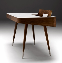AK 1330 - Desk / Walnut